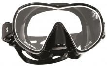 Maska Solo černo-bílá / černý silikon